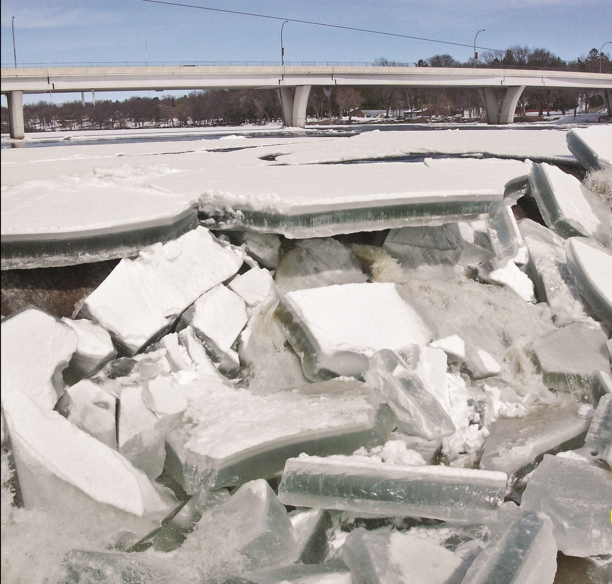 Large ice chunks gathering at the St. Cloud Dam during Spring Ice Break-up